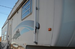 2003 Golf Stream Yellowstone Y36 FKS 5th wheel camper in Fort Hood, Texas