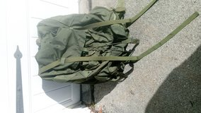 Alice pack field combat OD Green large size in Travis AFB, California