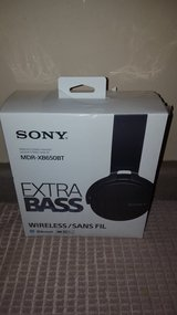 Sony Extra Bass Bluetooth Headphones in Joliet, Illinois