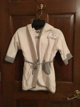 White & gray cotton bath robe (size 2T) in Aurora, Illinois
