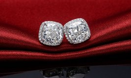 P/U TODAY***BRAND NEW***BEAUTIFUL 3 1/2 CT's CUSHION CUT Earrings*** in Cleveland, Texas