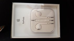 Brand new Apple earphones not for IPHONE 7 in San Diego, California