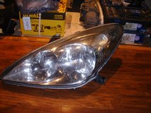 2002-2006 Lexus es330 headlight pair halogen used in Clarksville, Tennessee