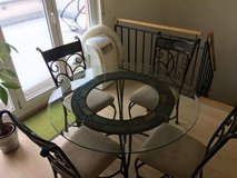 """48"""" Glass Table and 4 Chairs - brushed metal with real slate accents in Stuttgart, GE"""