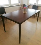 Dining Table  Used Less than one year, beautiful lines! in Stuttgart, GE