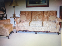Couch and 1 Chair in Kingwood, Texas