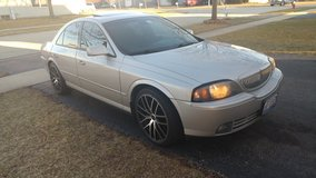 2003 lincoln ls sport package in Sugar Grove, Illinois