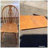 Kitchen table and chairs in Olympia, Washington