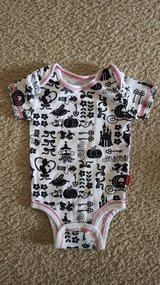 Disney Cinderella Onesie 6 months in Bartlett, Illinois