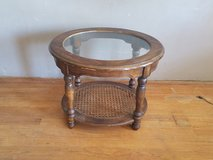 Oval end table in Alamogordo, New Mexico
