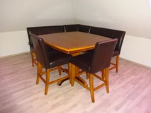 Like New Dining Room Set with L Shape Bench and 2 Chairs in Baumholder, GE