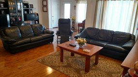 Couch & recliner set in Alamogordo, New Mexico