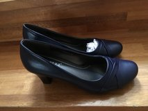 New  Rasolli ladies shoe size  11 in Okinawa, Japan