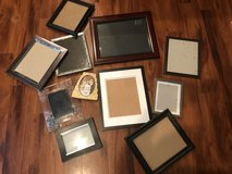 Lot of picture frames in Cherry Point, North Carolina