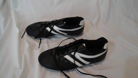 Soccer shoes in Elgin, Illinois