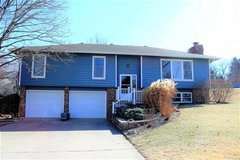 Perfect Family Housing near Warner Park! in Manhattan, Kansas