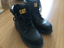 "Caterpillar Mens Boots size 9 hardly used perfect for Bavarian ""spring"" :) in Grafenwoehr, GE"