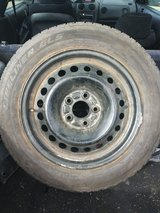 205/60r16 tire like new in 29 Palms, California
