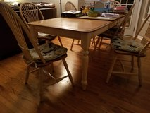 Canadel dining table and 6 chairs in Joliet, Illinois