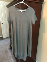LuLaRoe Carly - Small in Shorewood, Illinois