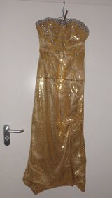 Prom Dress, Gown, Evening dress, Gold, size 2 in Ramstein, Germany