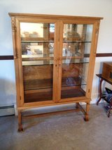 Consignment Auction Antiques and Collectables in Aurora, Illinois