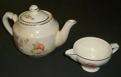 Vintage Tea Pot & Creamer in Batavia, Illinois