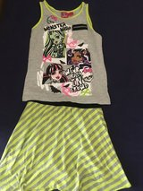Size 10/12 monster high outfit in Okinawa, Japan