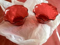 Set of 2 Red plastic pudding cups in Bolingbrook, Illinois