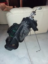 Golf clubs w/bag in Fort Carson, Colorado