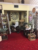 Lots of items furniture home decor in Leesville, Louisiana