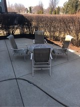 Outdoor patio set with 4 chairs in Aurora, Illinois