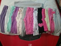girl pants in Glendale Heights, Illinois