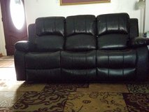 Black Leather Reclining Sofa & Loveseat in Tomball, Texas