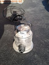 Flotec 1/4 HP Submersible Utility Pump in Yorkville, Illinois