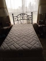 Sealy Twin Size Pillow Top Bed, Frame and Metal Designer Headboard *** In EXCELLENT Condition *** in Fort Lewis, Washington