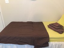 Brown Twin sheet set and duvet cover 4pc set in Leesville, Louisiana
