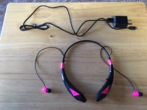 ***** AUDIO HEAD PHONES / EAR BUDS with CHARGER ***** PINK & BLACK in Fort Lewis, Washington