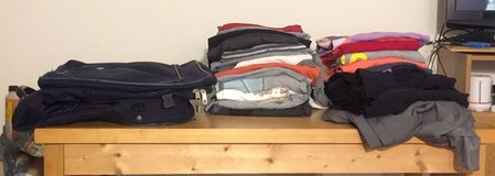 Traveling Bag , 28 Men's shirts, 3 gym like pants. in Fort Knox, Kentucky