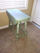 Beautiful drop leaf solid wood end table in Pleasant View, Tennessee