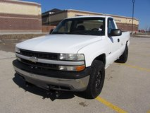 2000 Chevy 1500 Work Truck w Plow in Naperville, Illinois