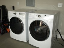 WHIRLPOOL ELECTRIC WASHER/DRYER in Warner Robins, Georgia