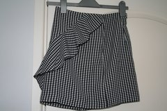 H&M black & white check skirt in Lakenheath, UK