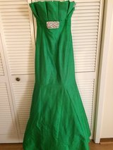 formal green gown in DeRidder, Louisiana