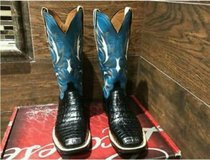 """LUCCHESE"""""""" CAIMAN BELLY. NEW IN BOX in Lackland AFB, Texas"""