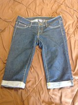 City Streets darker denim Capri pants size 5 good shape in Fort Riley, Kansas