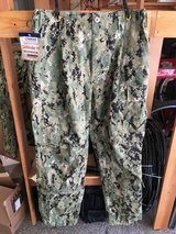 NEW US Navy AOR2 NWU Camouflage COMBAT PANTS SEAL Trousers Size MR FROG Gear in Camp Pendleton, California