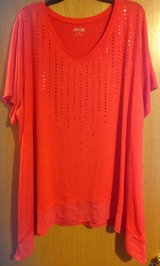 New with tags size 3X Apt 9 short sleeved awesome shirt in Manhattan, Kansas