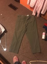 olive green Dressbarn pants size 20W in Fort Leonard Wood, Missouri