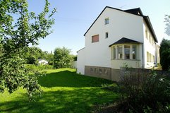 6+ Bed-/3bath-Apt. + patio + lawn + beside rooms - easy 5min Drive to AB in Spangdahlem, Germany